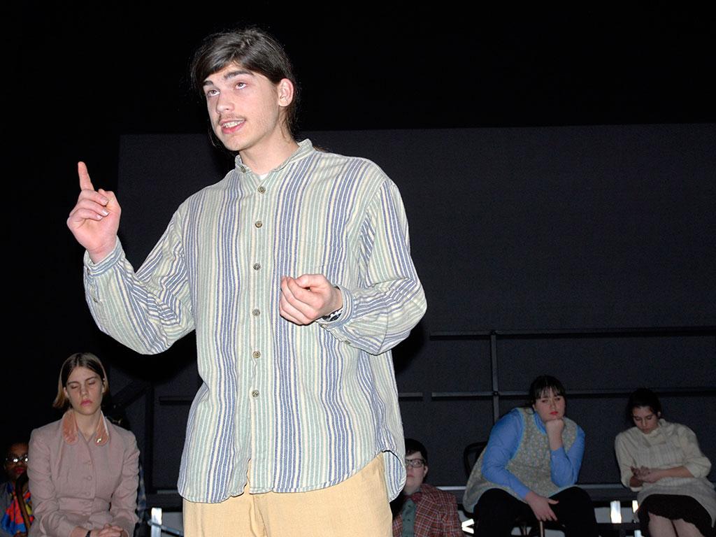 man-striped-shirt_DSC0054